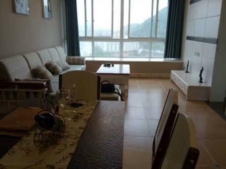 秀江外滩5室2厅2卫 96平米 30万