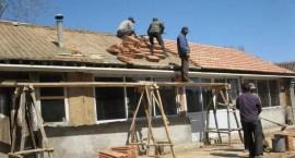 确保135.2万户危房改造明年全部竣工!